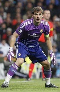First Football, Football Love, College Football, Real Madrid History, Zinedine Zidane, Ac Milan, Chelsea Fc, Tottenham Hotspur, Liverpool Fc