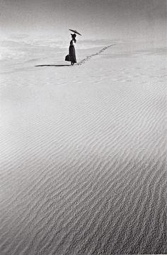 Photo de Mode, Vers. 1977,  Jean-Loup Sieff photographer