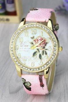 1d7ca319506 Rose Crystal Retro Quartz Watch Leather Band Unisex Wrist Watch For Men  Lady Retro Round Quartz
