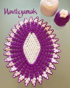 Oval fiber model You are in the right place about crochet earrings christmas Here we offer you the most beautiful pictures about the small. Baby Knitting Patterns, Knitting Designs, Crochet Doilies, Crochet Hats, Diy Hacks, Stitch Crochet, Diy Videos, Make Up Your Mind, Fibre