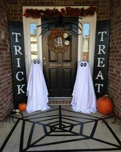 Halloween decorating ideas to make at home.