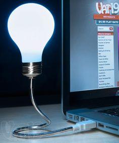 USB Lightbulb: Laptop lamp with flexible arm