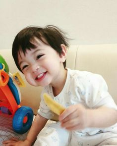 What if. JeongCheol SeokSoo JunHao SoonHoon Meanie and Verkwan Berumah tangga dan punya anak? Cute Baby Boy, Cute Little Baby, Lil Baby, Little Babies, Cute Boys, Baby Kids, Twin Baby Boys, Cute Asian Babies, Korean Babies