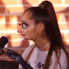 Find images and videos about ariana grande and meme on We Heart It - the app to get lost in what you love. Memes Funny Faces, Really Funny Memes, Cartoon Memes, Stupid Funny Memes, Funny Relatable Memes, Haha Funny, Meme Pictures, Reaction Pictures, Funny Profile Pictures