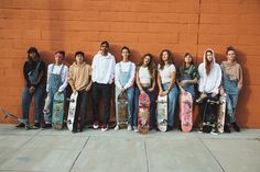 Skate Girls: Watch the Trailer Skater Girl Outfits, Skate Girl, Skateboard Art, Linnet, White Fashion, Ladies Dress Design, Michael Jordan, Fashion Photography, Grunge Photography