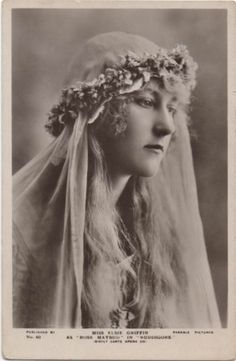 Photo taken in 1920 as 'Rose Maybud' in Ruddigore - Parkslee Pictures postcard. During the period 1934 - 1937 she toured with the Carl Rosa Opera Company. Vintage Veils, Bridal Pictures, Picture Postcards, Opera Singers, Antique Photos, Vintage Postcards, The Past, Actresses, Beauty