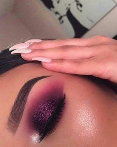 Gorgeous Makeup: Tips and Tricks With Eye Makeup and Eyeshadow – Makeup Design Ideas Makeup Eye Looks, Cute Makeup, Glam Makeup, Gorgeous Makeup, Beauty Makeup, Hair Makeup, Huda Beauty, Glitter Makeup, Makeup Style
