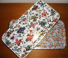 Vintage Daher Decorated Ware, Two Vintage Floral Tin Serving Trays, Vintage Trays Made in England