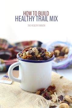 How to Build a Healthy Trail Mix. Get the low-down on what to include what not to include and how to customize your trail mix to your needs and wants! Real Food Recipes, Snack Recipes, Healthy Recipes, Healthy Breakfasts, Healthy Foods, Yummy Snacks, Yummy Food, Trail Mix Recipes, Clean Eating