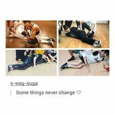 suga legs n his pretty pose ♥ #bts #suga #minyoongi