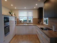 10 Designs Perfect for Your Tiny Kitchen area Kitchen Decor, Interior Design Kitchen, Home Decor Kitchen, Chic Kitchen, Home Kitchens, Shabby Chic Kitchen, Kitchen Design, Kitchen Remodel, Kitchen Layout
