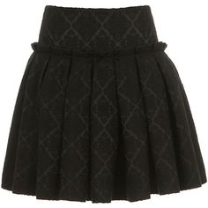 Alexander McQueen black wool and silk pleated and flared skirt ($1,085) ❤ liked on Polyvore featuring skirts, saias, bottoms, gonne, wool skirts, circle skirt, alexander mcqueen skirt, silk pleated skirt and pleated skater skirt