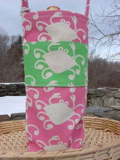 Wine Tote Pink & Green Crabs, hand printed USA, Kathy's Holiday, Ocean City, NJ