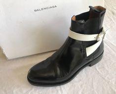 BALENCIAGA BLACK  & WHITE LEATHER TWINS CHELSEA BOOTS / BOOTIES ~ 37 #Balenciaga #BOOTIES