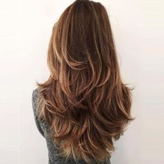 40 Amazing Long Layered Hair 2018 Hairstyles For Long Hair Layers Best 25 Long Layered Haircuts Idea Long Wavy Haircuts, Haircuts For Long Hair With Layers, Haircut For Thick Hair, Layered Hairstyles, Layered Long Hair, Hair Long Layers, Haircut In Layers, Hairstyles Haircuts, Cute Hair Cuts Long
