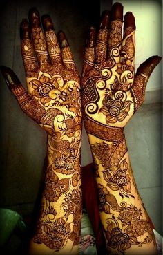 mehndi maharani finalist: Henna Creations http://maharaniweddings.com/gallery/photo/26901