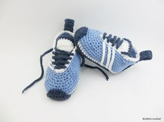 Crochet Baby Sneakers,Crochet Baby Shoes, Blue Baby Shoes, Crochet Baby Booties, Baby Shoes,  Blue Baby Booties, Blue / White