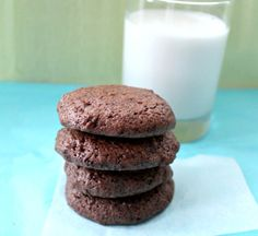 Balsamic Vinegar Fudge Cookies - The Olive Tap Recipes. Very fudgy, just hint of tang that cuts the sweet. Healthy Chocolate Cookies, Healthy Cookies, Sweet Recipes, Real Food Recipes, Healthy Recipes, Healthy Food, Dessert Recipes, Healthy Eating, Fudge Cookie Recipe