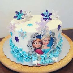 Pretty snowflake cake at a Frozen birthday party! See more party ideas at CatchMyParty.com!