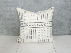 18x18 $69 White Mudcloth Pillow Cover / African Mud Cloth Bogolanfini Neutral Cream Statement Pillow Ethnic Textile Simple Organic Cotton Natural OOAK
