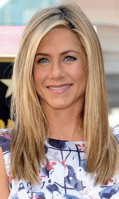 Jennifer Aniston with long layers - Layered Hairstyles | Mobile