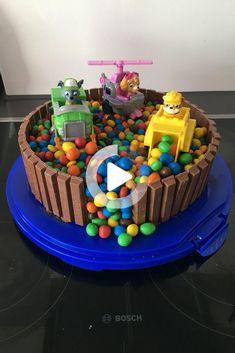 #cake #cakevideos Homemade Birthday Cakes, Homemade Cakes, Torta Paw Patrol, Paw Patrol Cupcakes, Cumple Paw Patrol, Paw Patrol Birthday Cake, Basic Cake, Character Cakes, Dessert Decoration