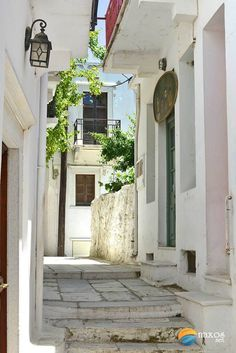 Photos of Apeiranthos village, Naxos, Greece