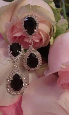 Σκουλαρίκια κρεμαστά σε μαύρο χρώμα Bride, Dresses, Wedding Bride, Vestidos, Bridal, Dress, Gown, The Bride, Outfits