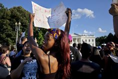 Facebook issues streaming guidelines after Castile shooting video goes viral - CSMonitor.com