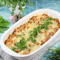Macaroni casserole with minced meat AniaGotuje. Macaroni Casserole, Mince Meat, Lasagna, Quiche, Macaroni And Cheese, Slow Cooker, Nom Nom, Food And Drink, Favorite Recipes