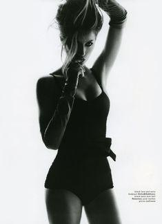 Model Gisele Bundchen, photographer Nino Muñoz for Muse, Summer 2010