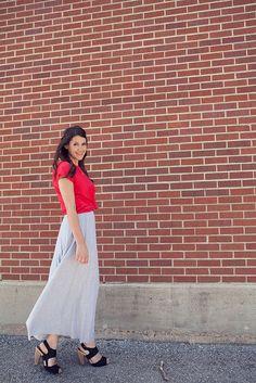 #Blusa de color intenso, #falda larga de color tenue y #zapatos altos. Combinación de @Kendi Everyday.