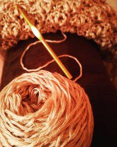 Shawl, Knitting, Hair Styles, Crochet, Projects, Handmade, Crafts, Instagram, Hair Plait Styles