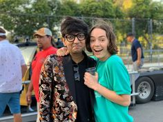 Casey Atypical, Brigette Lundy Paine, Netflix, Fangirl, Tv Shows, Kimono Top, Couple Photos, People, Movies