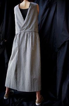 Studio Nicholson ( ENGLAND ) BACK TO FRONT GINGHAM APRON DRESS www.lancah.com