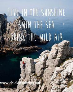 #letsrocklife #travelmodeon #travelmode #passionpassport #quote #motivational #motivationalquotes #motivazione #lovenature #travelblog #travelblogger #traveltofrance