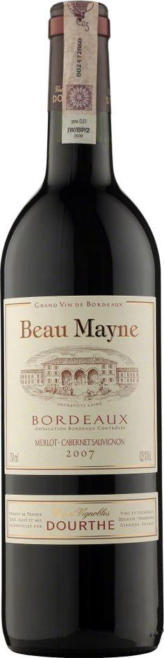 Dourthe Beau Mayne Bordeaux A.O.C. Rouge Wino o pięknej, głębokiej, czerwonej barwie i aromacie czerwonych dojrzałych owoców. W smaku łagodne, aksamitne z elegancko wkomponowanymi taninami i przyjemnym, owocowym finiszem. #Dourthe #Bordeaux #Wino #Winezja Saint Emilion, Red Wine, Red And White, Alcoholic Drinks, Bottle, Glass, Red, Beauty, Alcoholic Beverages