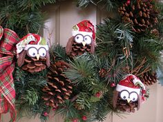 Crazy little thing called Love!: Christmas Pinecone Owls