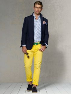 Yellow Pants (take a look at this footwear option) Yellow Pants Outfit, Yellow Jeans, Rugged Style, Preppy Dresses, Preppy Outfits, Preppy Men, Preppy Style, Stylish Men, Men Casual