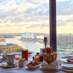 "Knock knock. ""Room service!"" Thank you @vendzlen for sharing your @FSSydney breakfast with us. Tag your Four Seasons breakfast with #wakeupwithFS and we'll reblog our favourite again next week. # Hotels-live.com via https://www.instagram.com/p/BA4wXrVqk-i/ #Flickr"