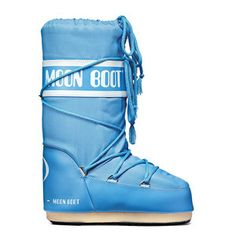 Great gift idea for ME! You realize it is my birthday month right?! Classic Moon Boot Sky Blue, $90, now featured on Fab.