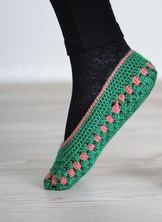 Women socks, Handmade Slippers, Turkish Knitted slippers, Authentic footwear, Stylish foot wear, green slippers