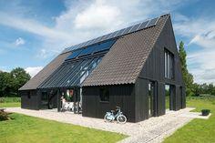 Op erve Heege Sander te Delden hebben oude opstallen plaats gemaakt voor een duurzame schuurwoning.