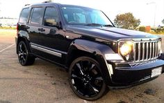 Jeep Liberty Jet 2012 blacked out