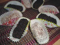 Greek Sweets, Sweet Recipes, Sushi, Cookies, Ethnic Recipes, Desserts, Food, Table, Crack Crackers