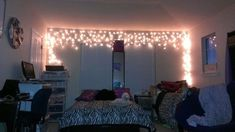 Christmas lighting should not be stale. Lights aren't just for Christmas. You may use all types of DIY Christmas lights to make your own distinct cozy atmospheres! Oak Bedroom, Dream Bedroom, Bedroom Decor, Bedroom Ideas, Bedroom Themes, Bedroom Designs, Awesome Bedrooms, Cool Rooms, Beautiful Bedrooms