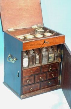 Traveling Apothecary Set- Hyland Granby Antiques