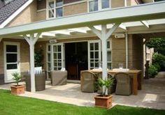Moderne veranda strak model Teras – Home Decoration Porch Area, Pergola Designs, Garden Room, Outdoor Dining, Outdoor Life, Covered Back Patio, Pergola Plans, Outdoor Living, Home Porch