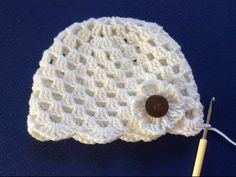 crocheters who love elegant and cute beanie hats, this is often another nice chance to create an easy beanie hat made with beautiful stitch, read more. Crochet Summer Hats, Easy Crochet Hat, Crochet Baby Hats, Crochet Beanie, Knitted Hats, Baby Bonnet Pattern Free, Crochet Baby Blanket Free Pattern, Crochet Stitches Free, Crochet Doll Clothes