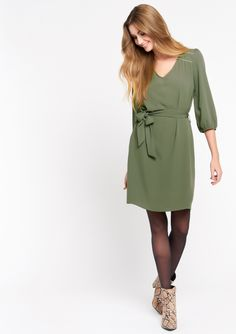 Basic Outfits, Couture, Capsule Wardrobe, Cold Shoulder Dress, Dresses With Sleeves, Belt, Boutique, Quarter Sleeve, Casual